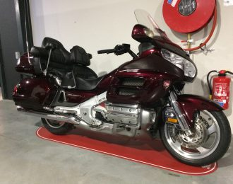 GL1800 goldwing deluxe in topstaat